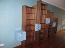 017.boekenkasten.noten.spuitwerk
