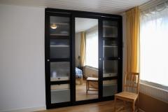 Kledingkast met spiegeldeur